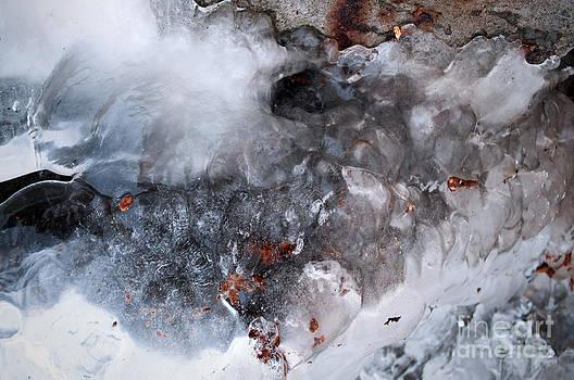 Gwyn Newcombe - Ice Transformation VII