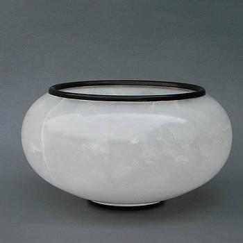 Ice Vase by Leslie Dycke