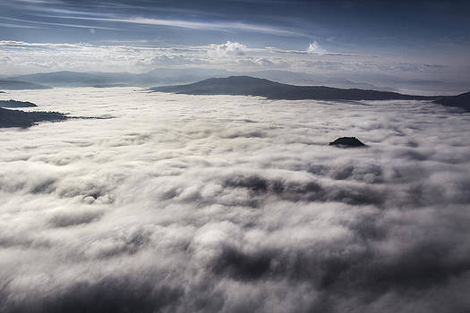 In fly above the cloud by Andrea Bonavita