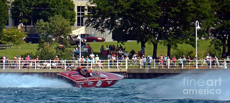 Randy J Heath - International Powerboat Race