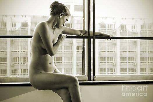 Intimist naked blonde woman by Alkstudio SP