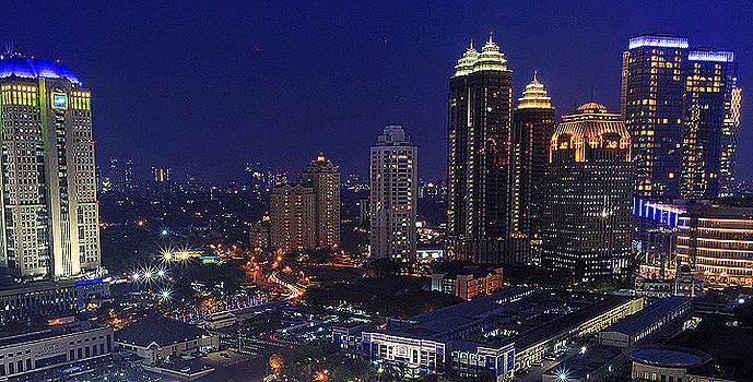 Jakarta Nightshoot by Arif Otto