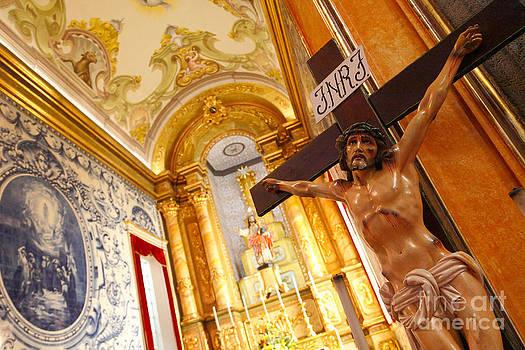 Gaspar Avila - Jesus on the cross
