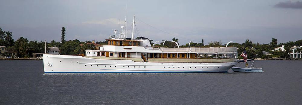 Debra and Dave Vanderlaan - JFK Yacht