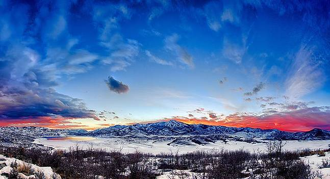 Jordanelle Reservoir in Winter by Kayta Kobayashi