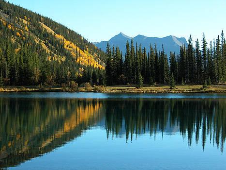 Kananaskis - Autumn reflections 1 by Stuart Turnbull
