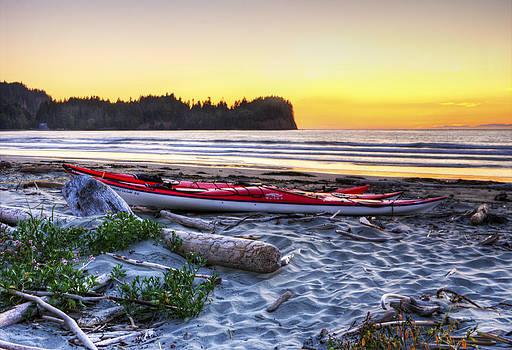 Kayak Sunset by Rod Mathis
