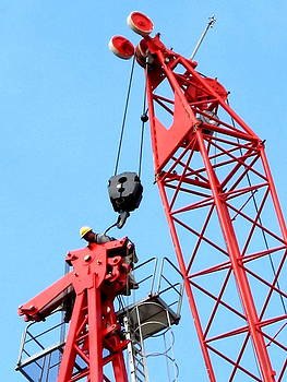 Keoni KING at the top of a Tower Crane by John King