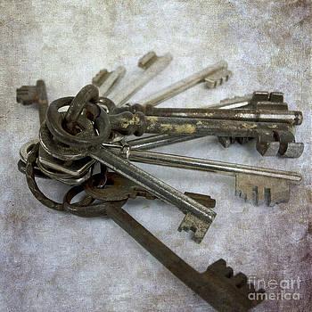 BERNARD JAUBERT - Key ring