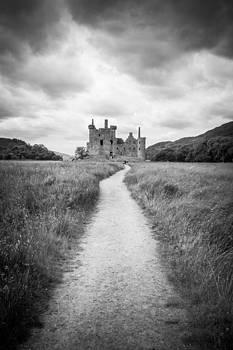 Kilchurn Castle Ruins by Arianna Petrovan