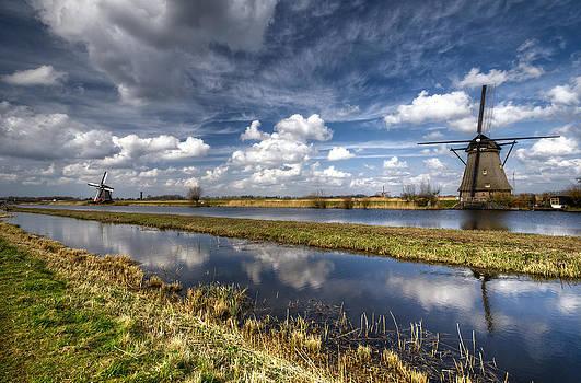 Kinderdijk by Oleksandr Maistrenko