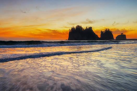 La Push First Beach at Dusk by Ryan Manuel
