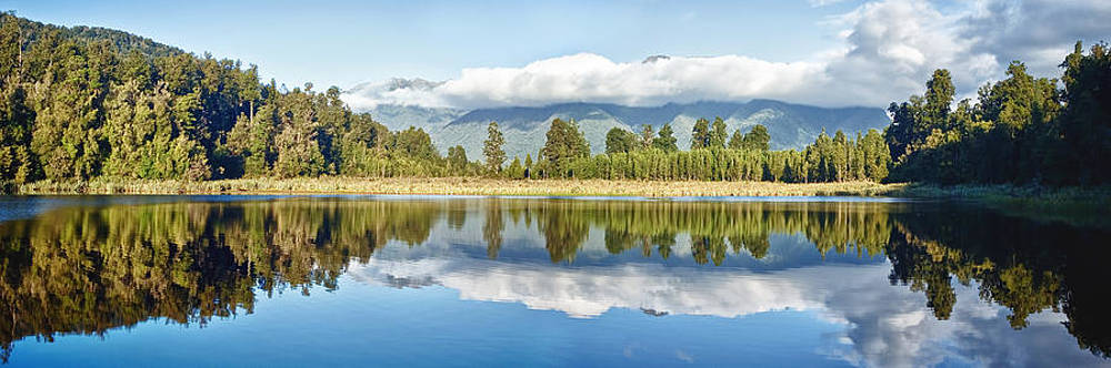 Lake Matheson by Keith Growden