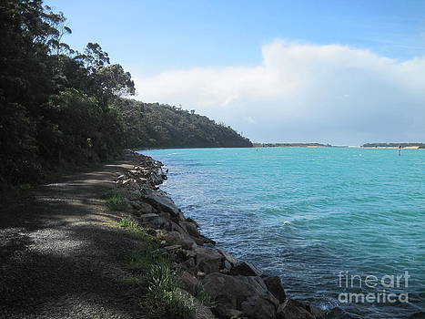 Lakes Entrance by Donna Cavender
