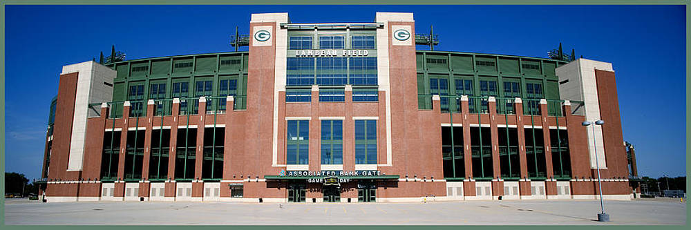 Lambeau Field by Fuad Azmat