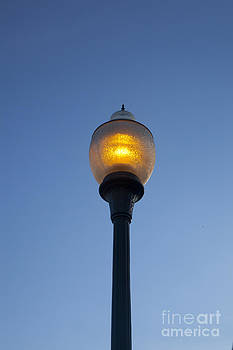 Jonathan Welch - Lamp Post