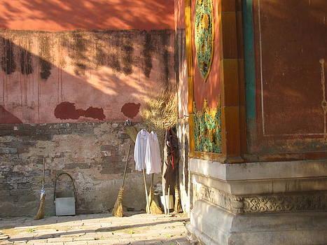 Alfred Ng - laundry at the palace