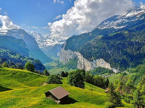 Lauterbrunnen by Ravi S R