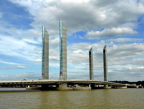 Bishopston Fine Art - Le Pont Chaban Delmas Bordeaux 2