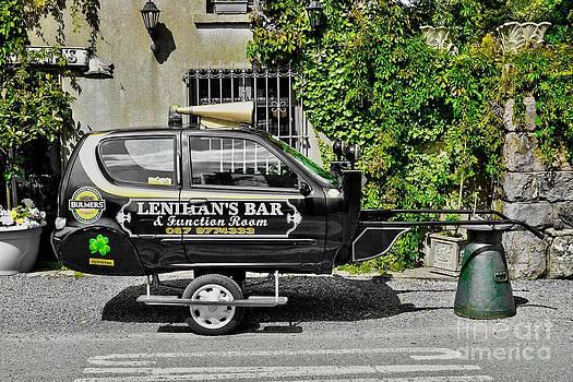 Joe Cashin - Lenihans Bar transport