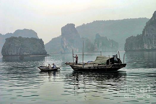 Chuck Kuhn - Life on Ha Long Bay I