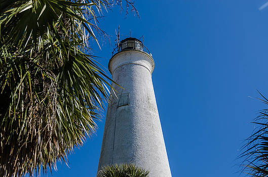 Lighthouse by Don L Williams