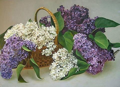 Lilac by Tanya Buryak