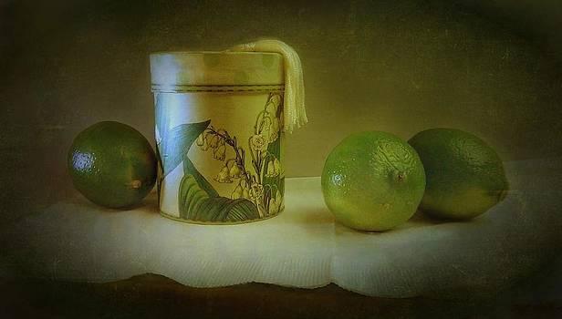 Limes by Ilona Stefan