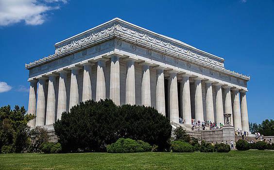 Lincoln Memorial  by Sheila Carroll