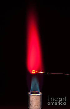 Charles D Winters - Lithium Chloride Flame Test