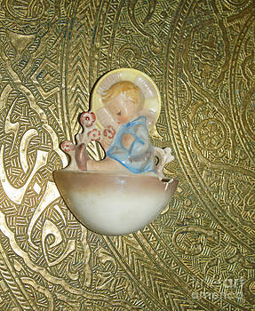 Little boy in the baptismal font Sculpture by Eva-Maria Di Bella