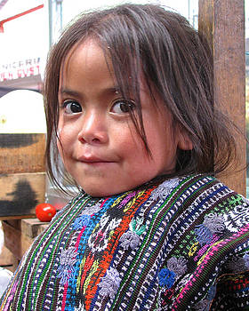 Little Girl from Solola by Eye Browses