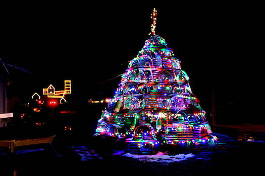Lobster Trap Christmas Tree and Nubble Light by Suzanne DeGeorge