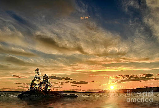 Brenda Giasson - Lookout Point Sunset