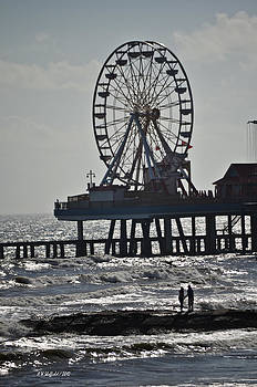 Allen Sheffield - Lovers and a Surfer at Pleasure Pier