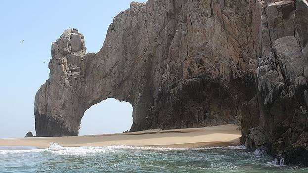 Lover's Arch Cabo by Wendy  Beatty