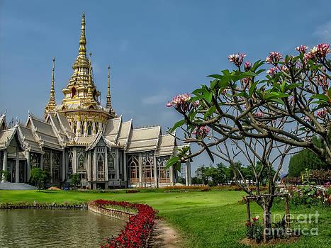 Adrian Evans - Luang Phor Toh Temple