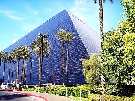 Luxor Las Vegas  by Malachi S