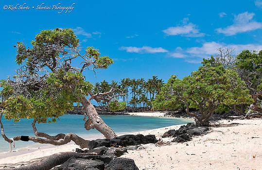 Mahaiula Beach by Kirk Shorte