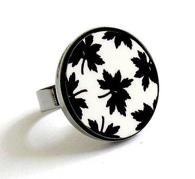 Maple Leaves In Black And White Ring by Rony Bank