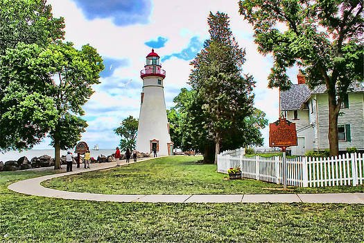 Marblehead Lighthouse by Tom Schmidt