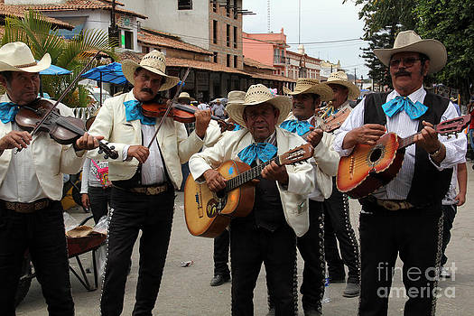 Mariachis at the Fiesta de San Jose by Linda Queally