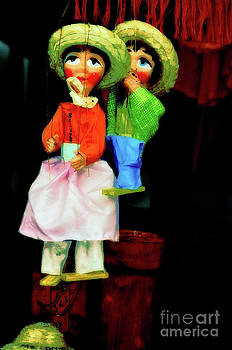 Marioneta by Molly McPherson