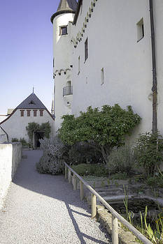 Teresa Mucha - Marksburg Castle Herb Garden 07