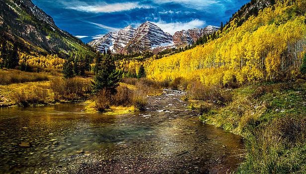 Maroon Bells Creek by Mike Kim