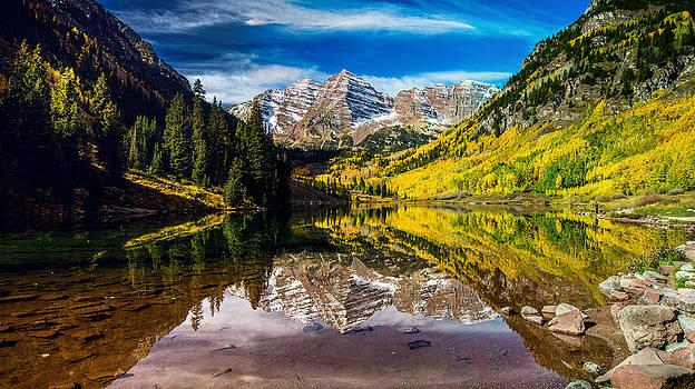 Maroon Bells Lake by Mike Kim