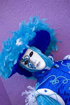 Mask Women in Blue by Indiana Zuckerman