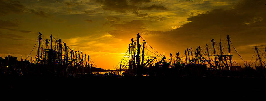 Masts at Sunset II by Robert Bascelli