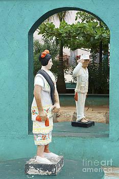 John  Mitchell - Mayan Dancer Statues Mexico