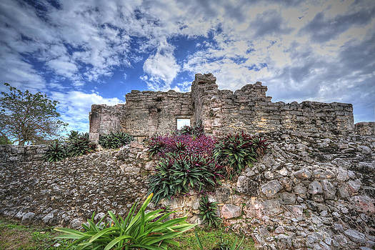 Mayan Ruin at Tulum by Jaki Miller